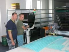 CNC stroj 10